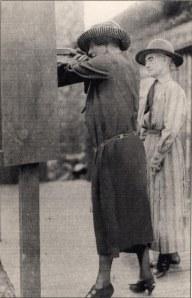 Annie (R) instructing Alice